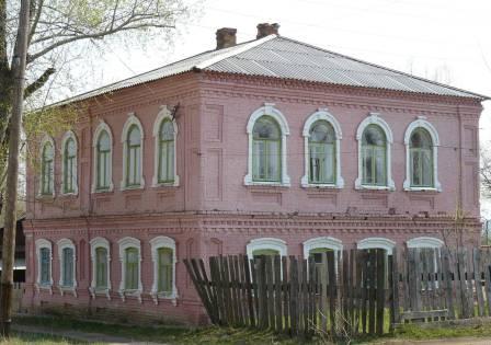 дом протоирея Знаменского рядом с Успенским собором