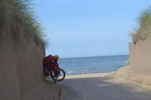 море и велосипед